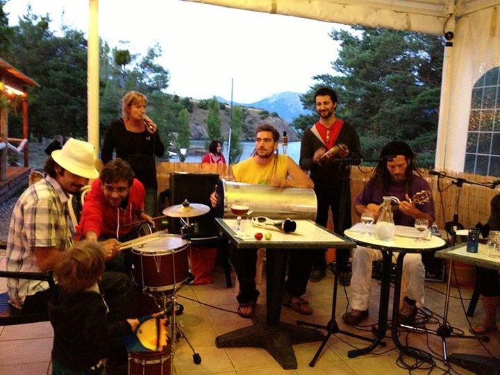 Pagode Avec Batakoa - Association Zé Samba - © Tous droits réservés