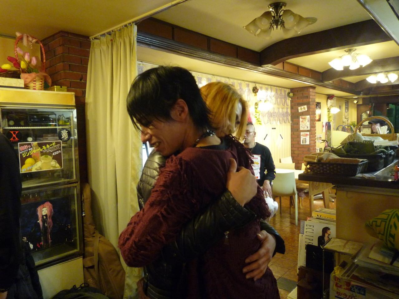 Live終了後、YUSHIさんと感動のHUG!