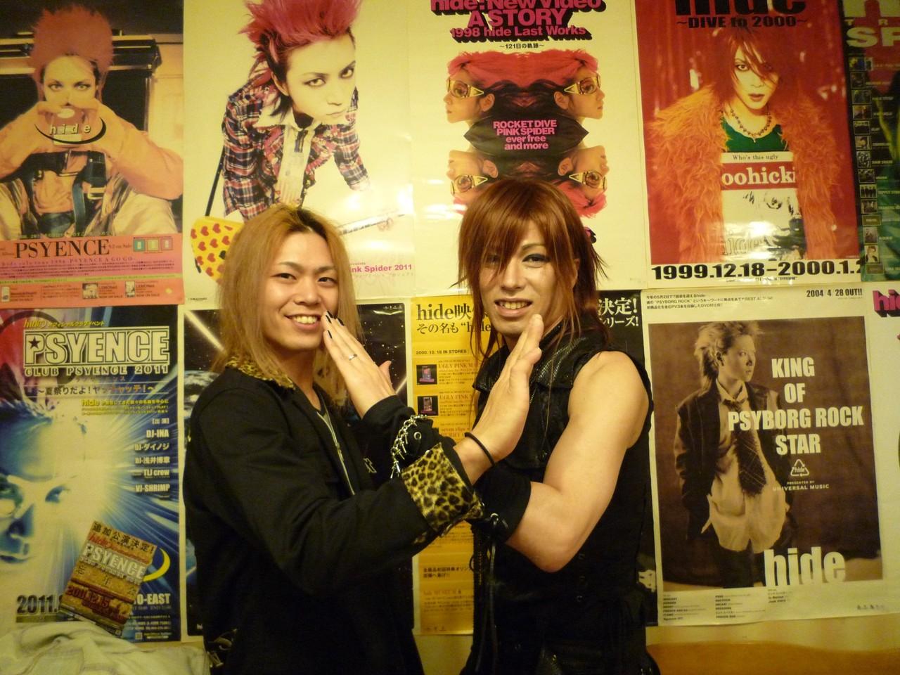 X-HIROSHIMAのYUSHIさんとX記念撮影☆僕が心から尊敬する熱いミュージシャンです!大切な音楽仲間です!