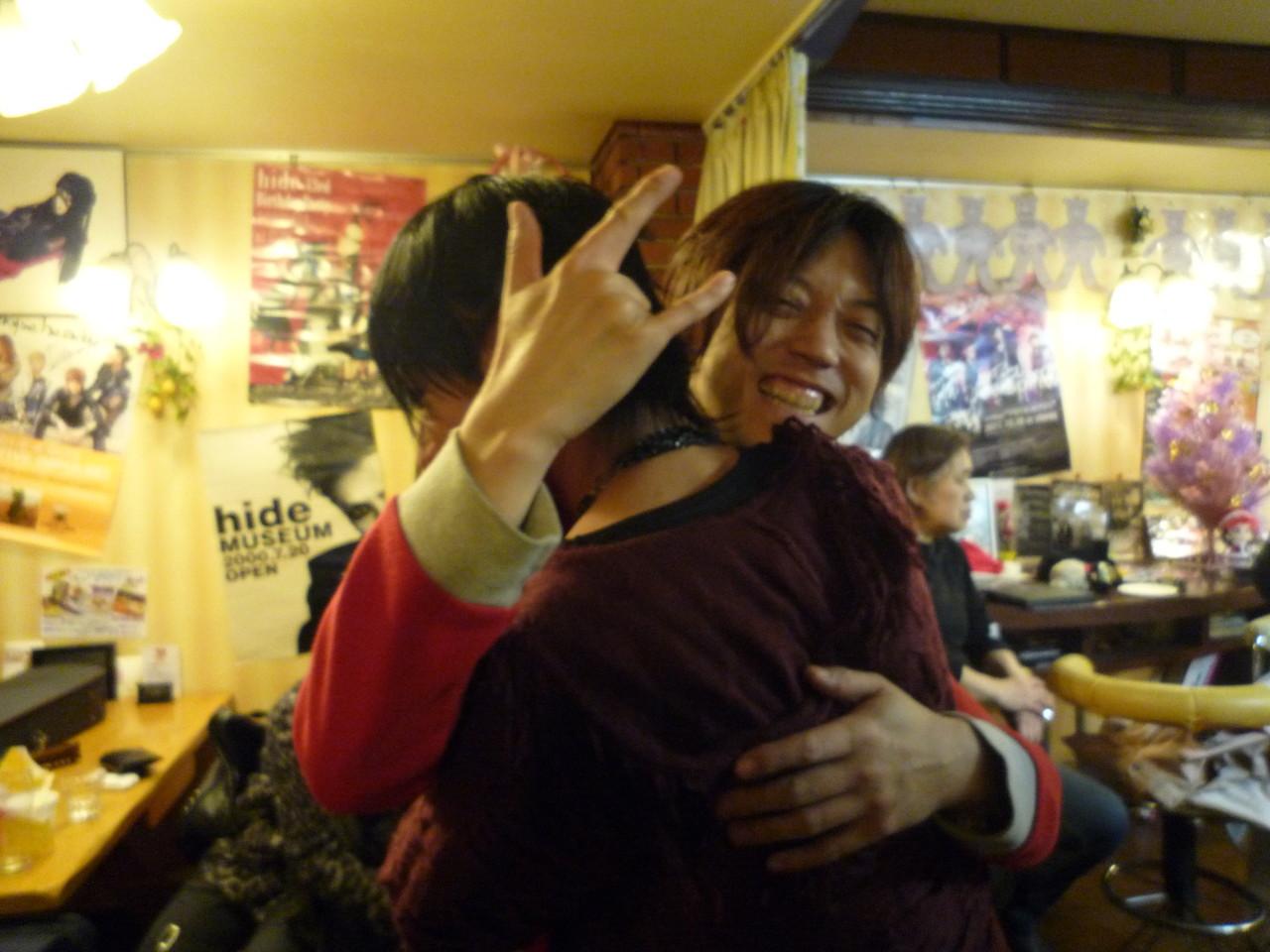Live終了後、CUTTさんと感動のHUG!