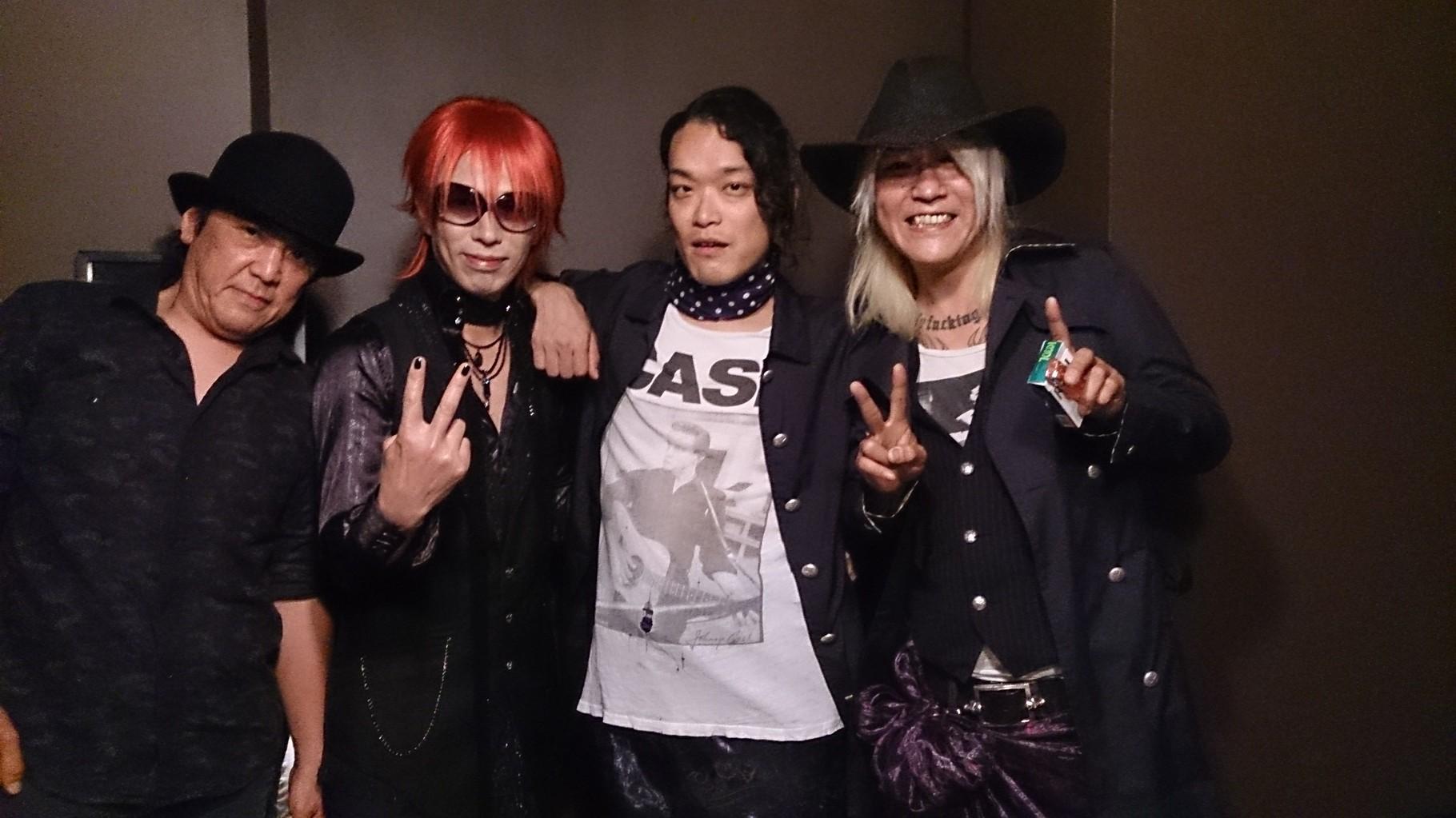 dead pan brothersさん & 二井原 教仁さんと記念写真(^-^)
