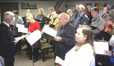 Singen auf der Empore (2004)