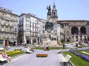 Gasteiz - Ama Birjina Zuriaren plaza