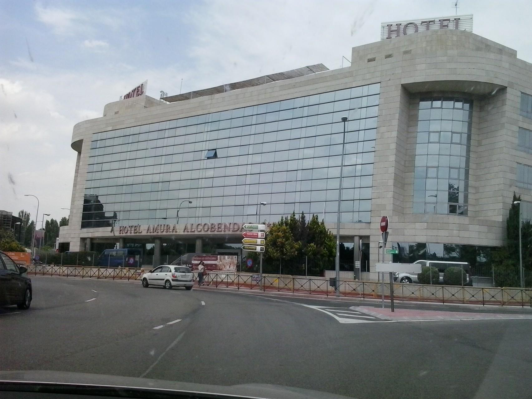 Llegada al Hotel Amura, salida 16, N-1