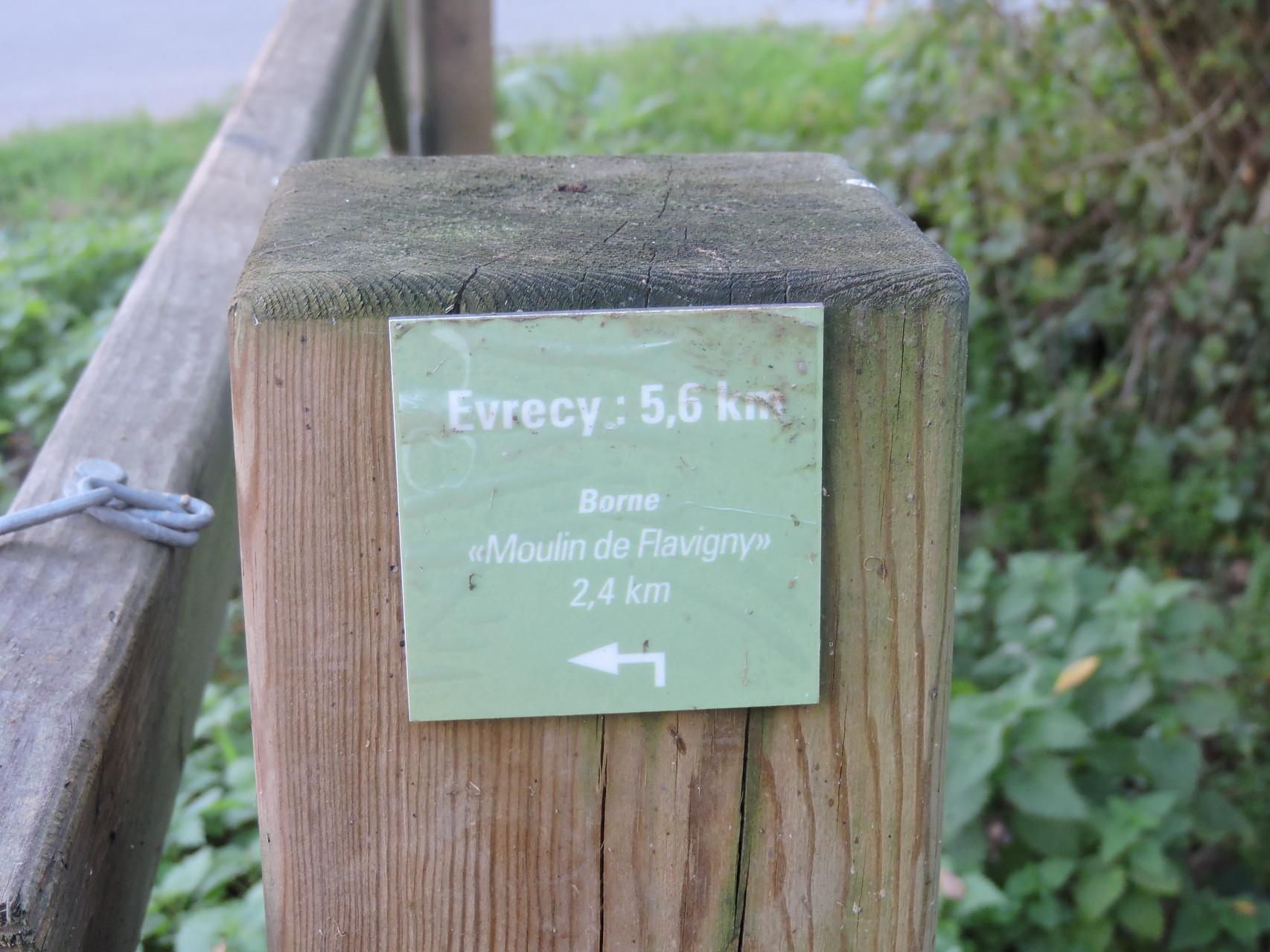 Accès vers Evrecy et Flavigny