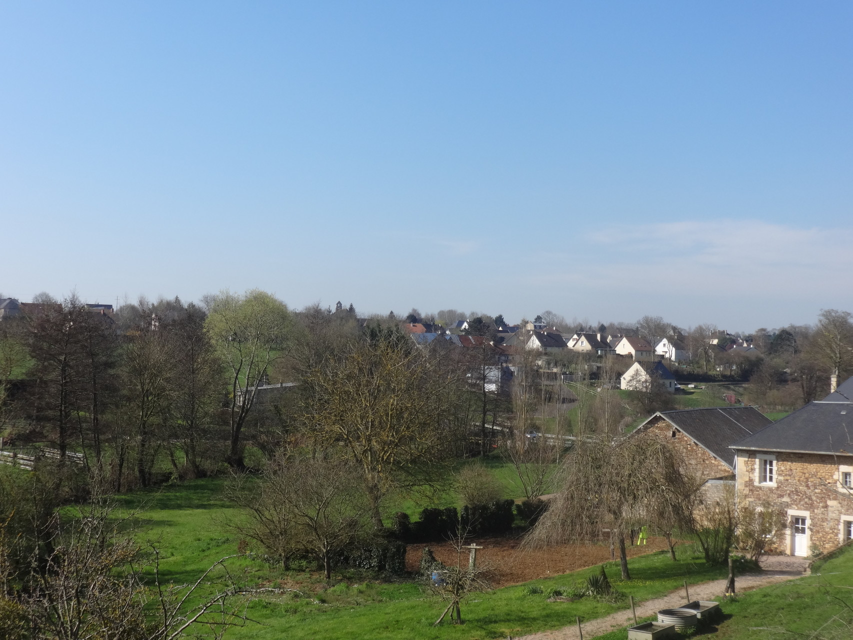 Vue sur Avenay à partir du chemin de la Morinière