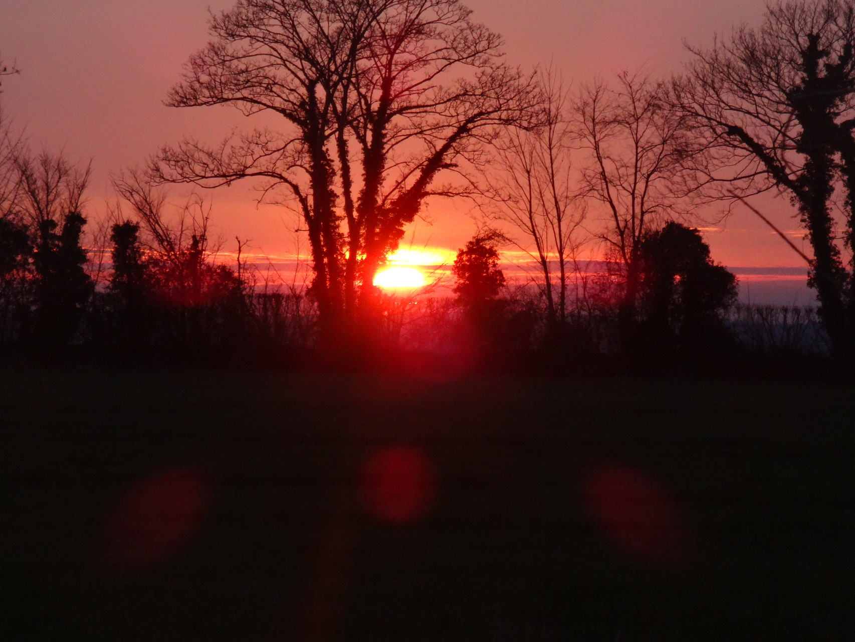 Soleil couchant fin mars .....