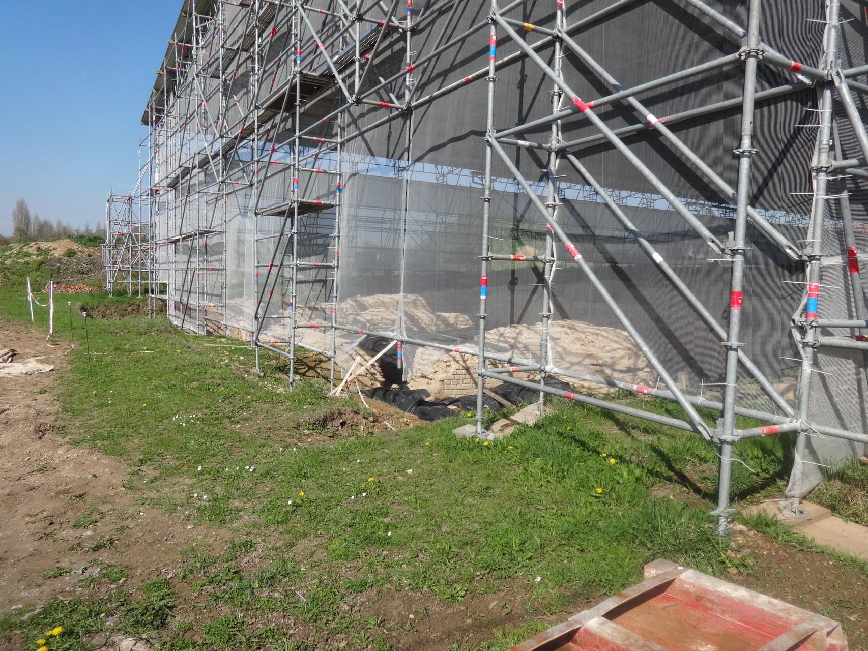 Les fouilles continuent ... chantier en cours