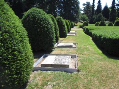Althamburgischer Gedächtnisfriedhof / Gebeinkästen