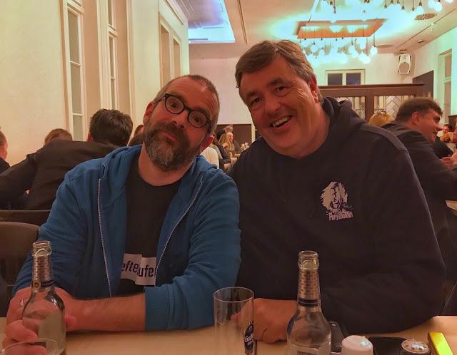 Die Organisatoren des Con sind happy 🙂 Foto: Robert Corvus