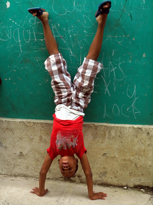 Junge in Havanna, Kuba