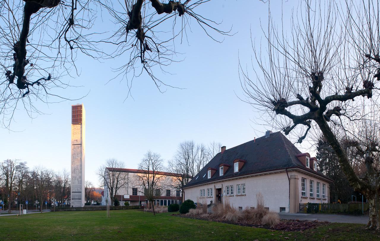 Katholische Kirche und Aichenbach Kindergarten