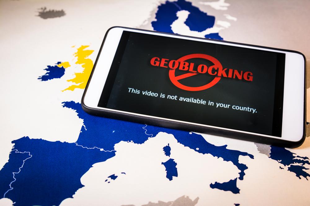 Spannungsfeld Erlaubnispflicht und Geoblocking – Was kann die BaFin von Anbietern aus dem EU-Ausland verlangen?