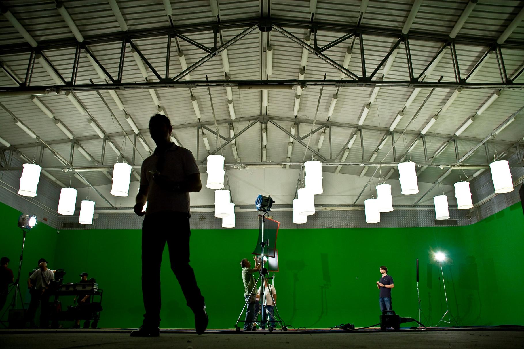 Cinecittà 3 studio green - Roma, italia   All rights reserved  