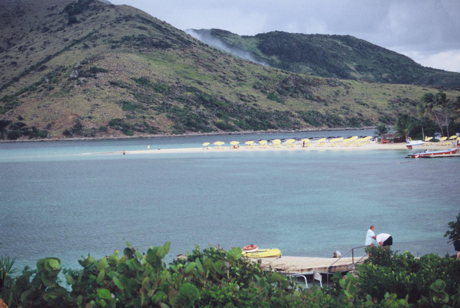 Visitez l'Ile Pinel et ces fond marin