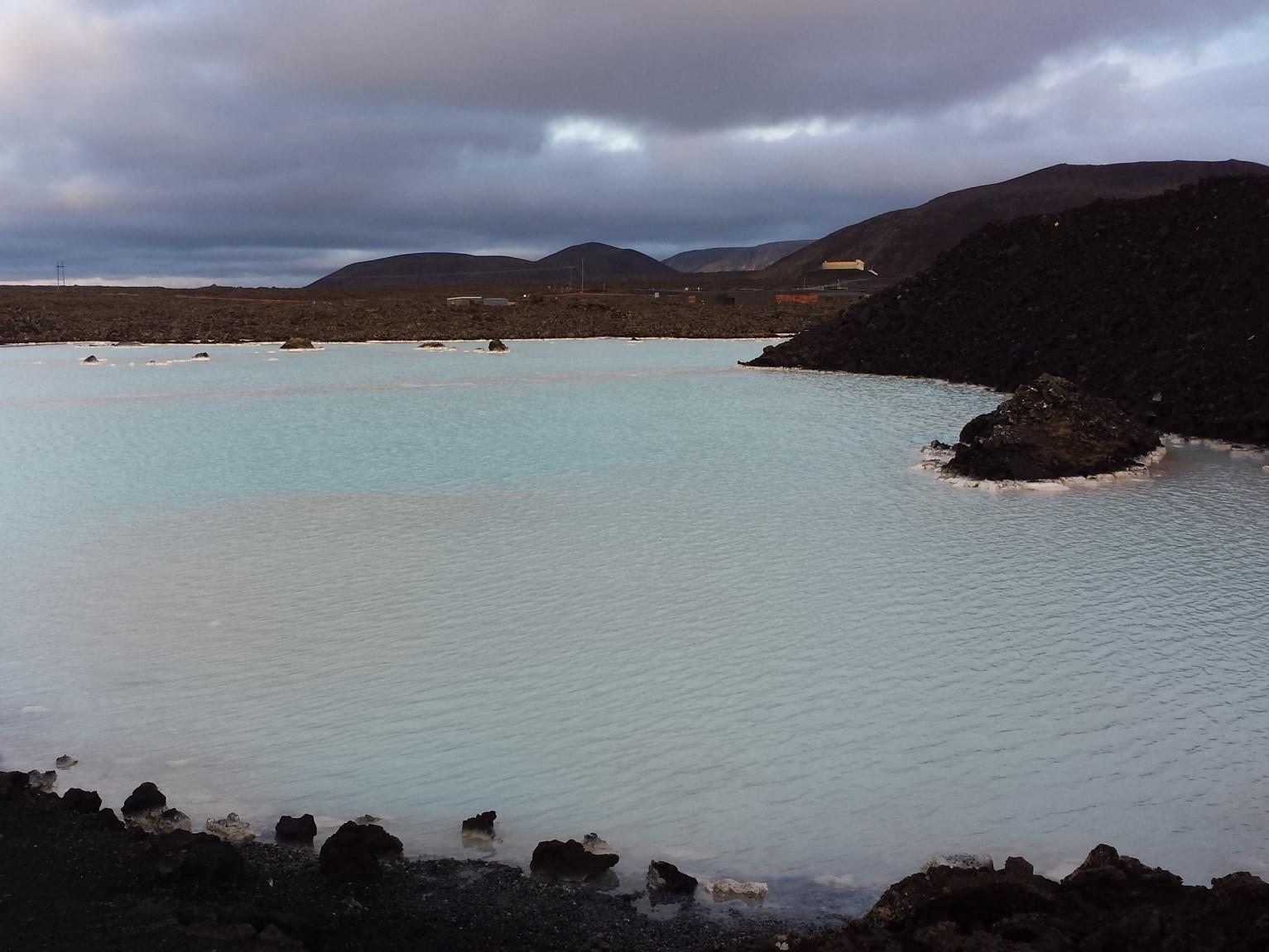 Heiße Quelle in Island: Wellness in der Blauen Lagune