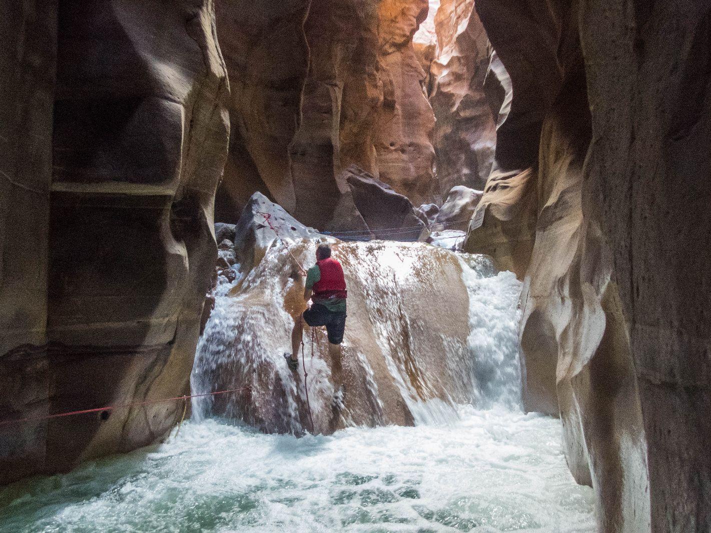 Canyoning im Wadi Mujib in Jordanien