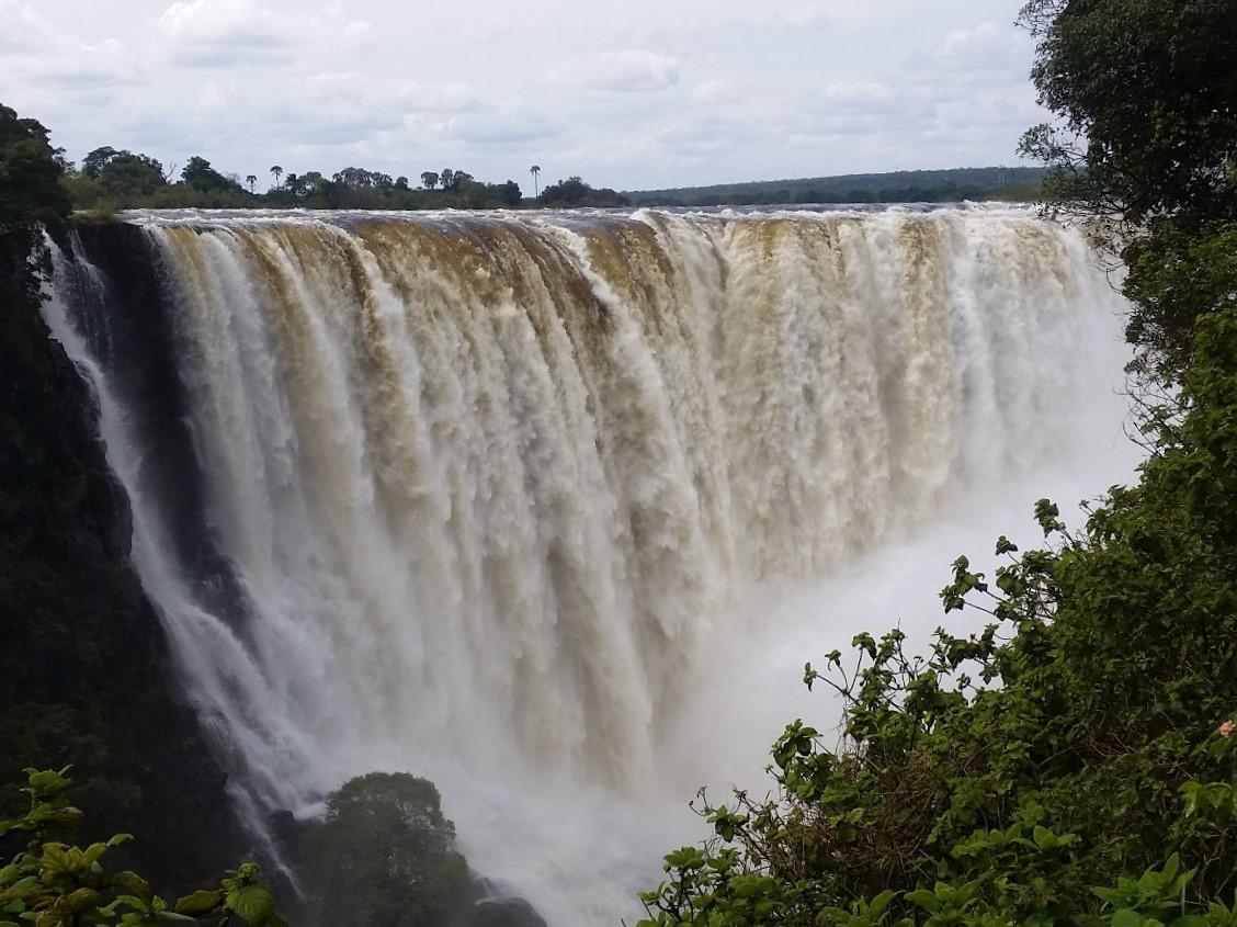 Victoria Falls in Simbabwe: Ein Tag am Naturwunder
