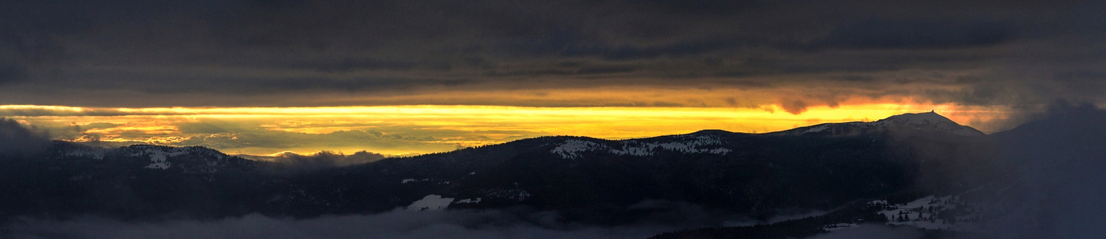 Samedi 12 novembre 2016. Lever du soleil au Hohneck (Hautes Vosges)