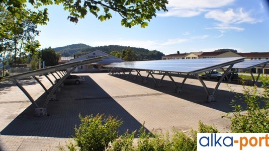 alkaSOL / EST project: alka-port, 230 kWp installed in Grafenau