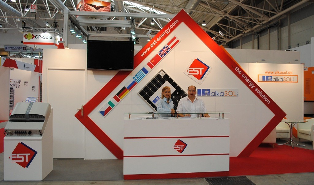 Photovoltaic exhibition in Rome 2010  -  alkaSOL staff