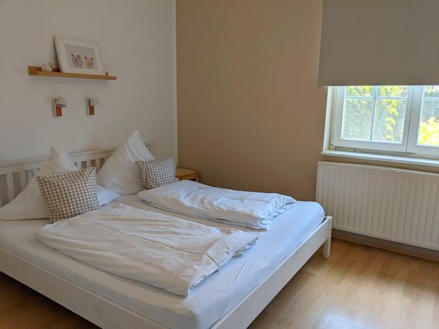 Schlafzimmer 2 ebenfalls mit Doppelbett