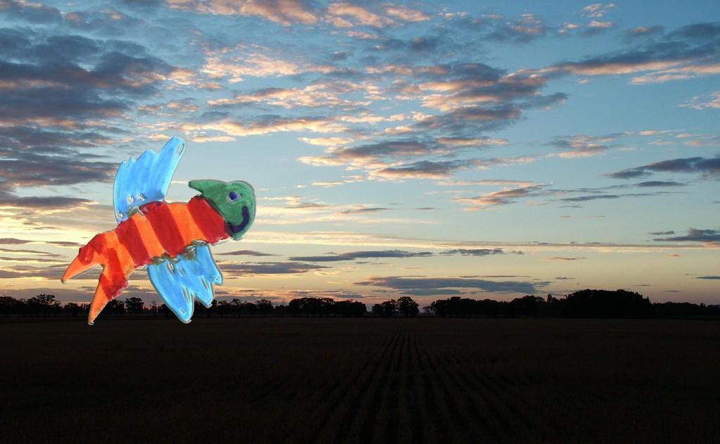 Flepy vola felica nel cielo azurro