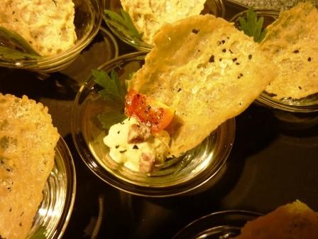 Parmesan-Hüppe mit Speckschaum