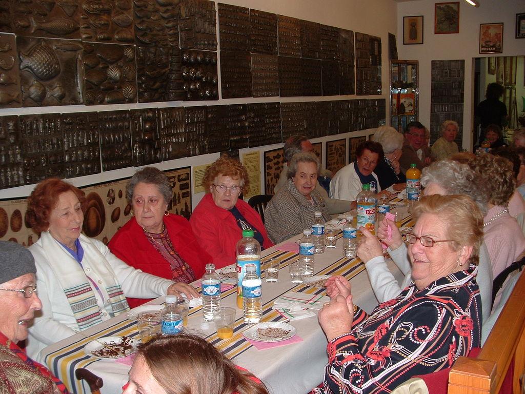 2007 Le repas des anciens