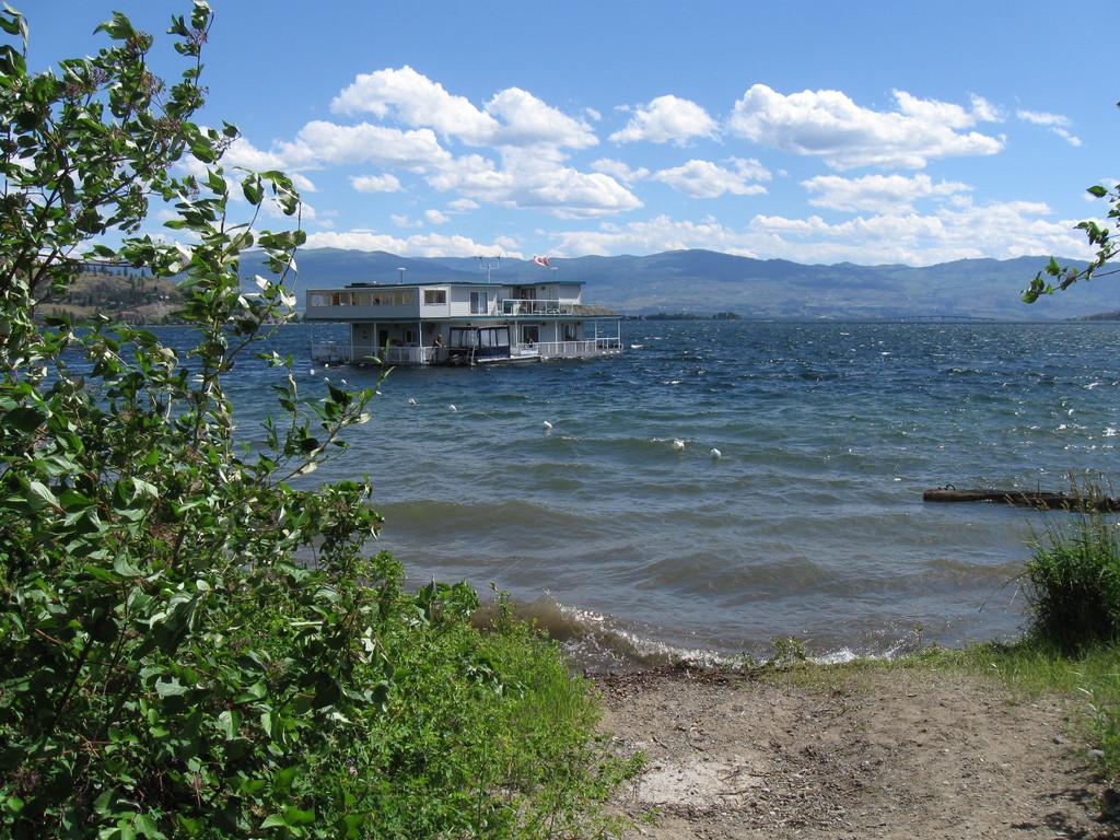 Hausboot auf dem Okanagan-Lake