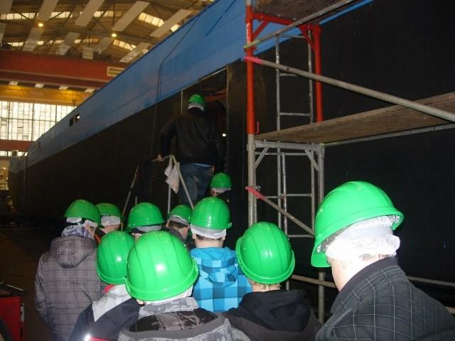 Bau eines Baggerschiffs für die Felbermair - Eingang