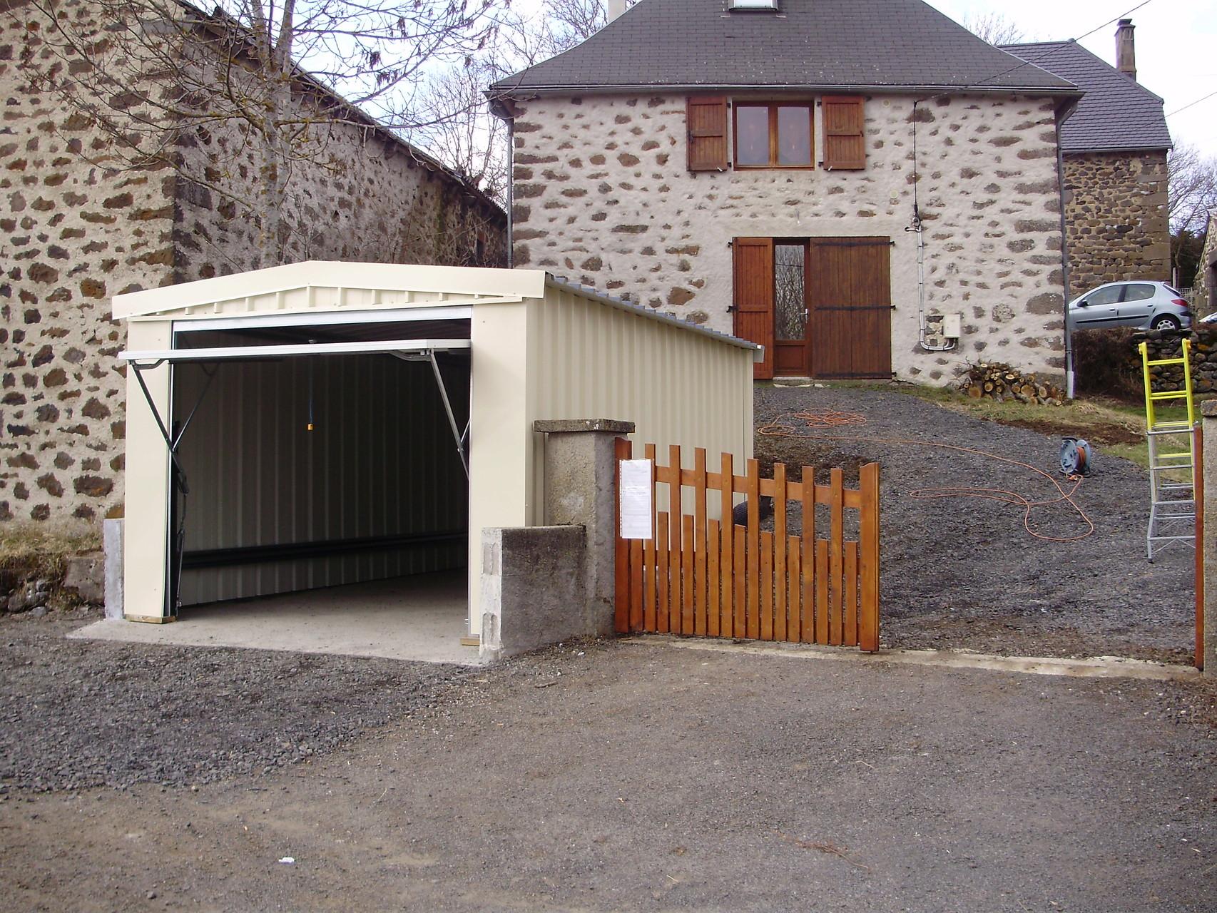 Garages abrikit abri modulaire en kit for Abri garage en kit