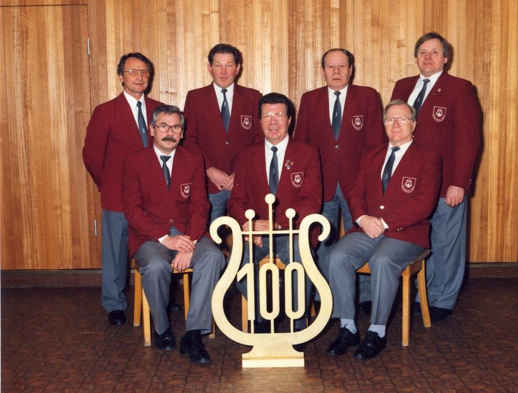 Der Vorstand vom Nordheide-Chor 1995
