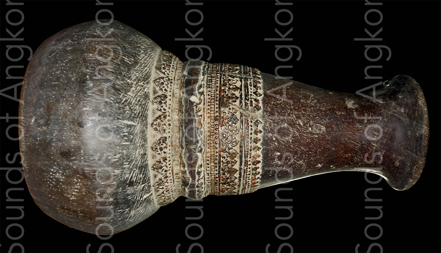Drum of the mahori orchestra of King Sisowath Monivong.  Private coll.