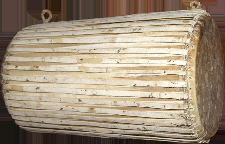 Grand tambour cylindrique. Maître d'œuvre/ouvrage : Patrick Kersalé. Facteur : Sok Houen. Phnom Penh 2012.