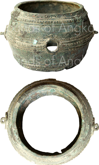 Rattle drum. Coll. Wat Reach Bo. Siem Reap. Angkorian period.