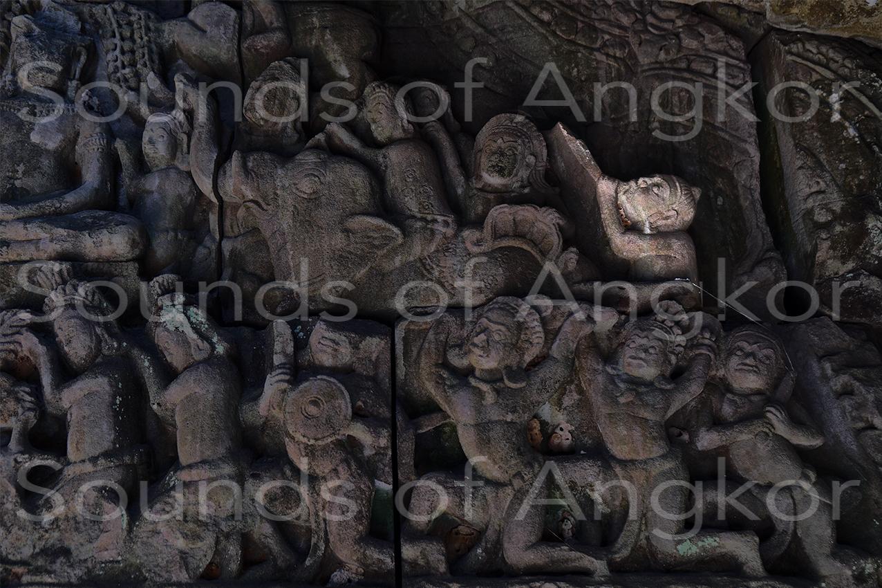L'éléphant de droite, les soldats et le joueur de trompe. Détouré. Banteay Kdei.