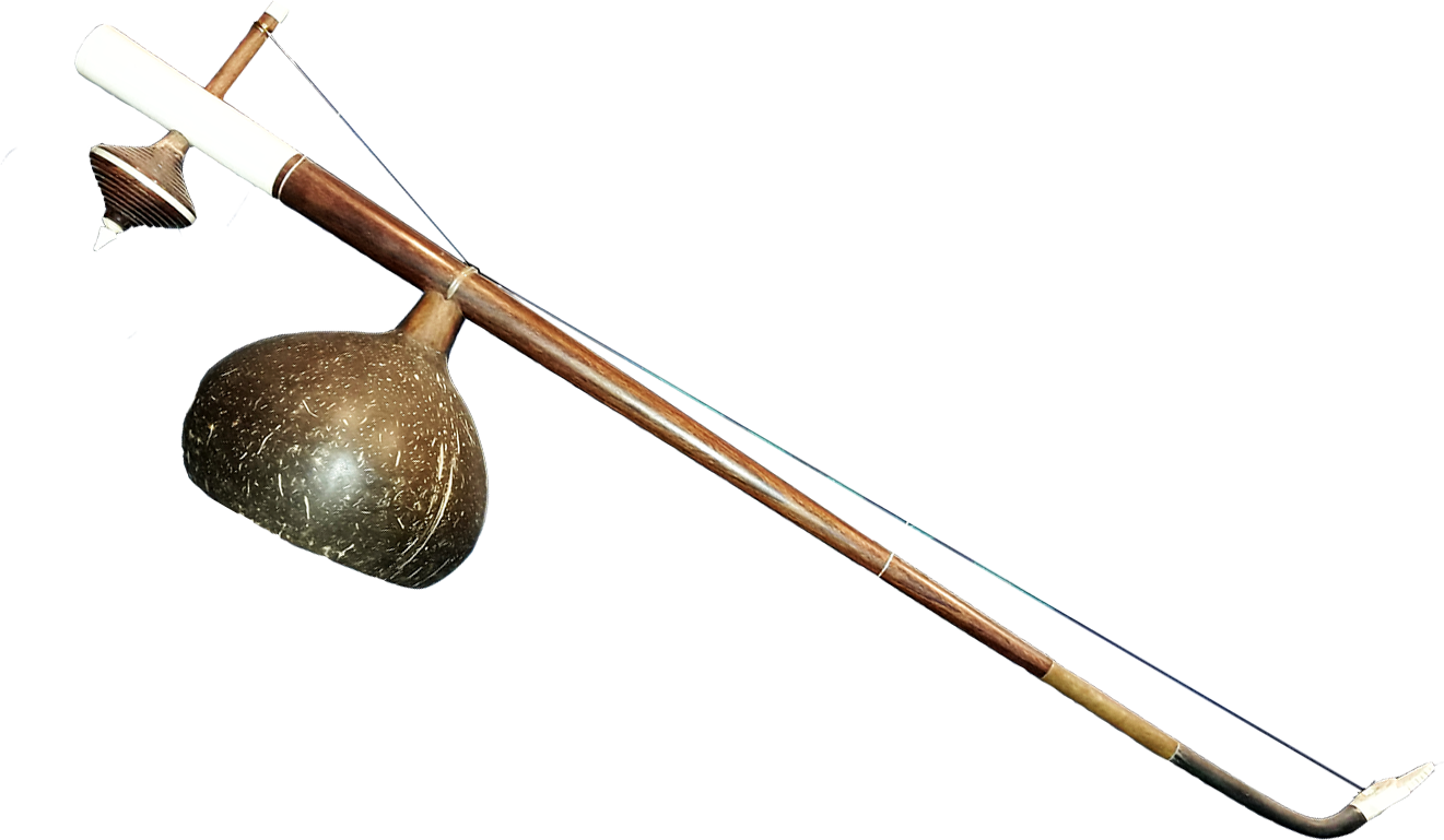 Cithare monocorde avec noix de coco. Maître d'œuvre/ouvrage : P. Kersalé. Facteur : Thean Nga. Siem Reap 2018.