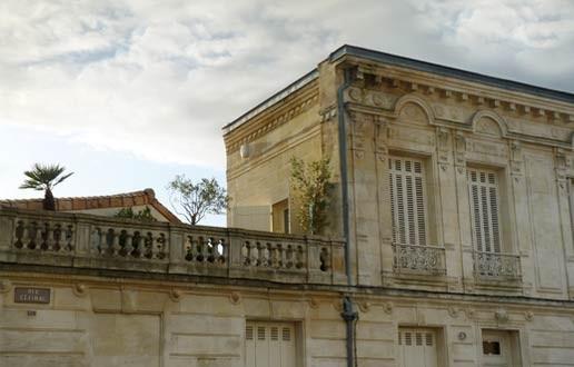 Image du Quartier - palme - pierre blonde, ciel pur