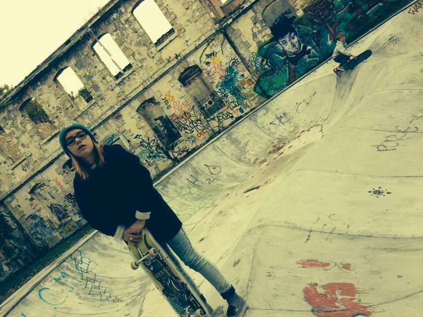 Skate park - aimer la ville - Bordeaux en Gironde - Emmanuelle Mazik-Lauritzen intervenante en Energétique et Réflexologie Plantaire - Place Simiot