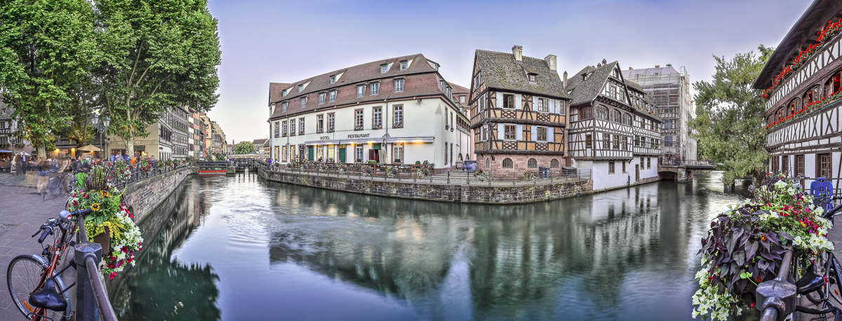 Strasbourg Petite France - panoramique HDR - tirage 310mm X 860mm pleine feuille ou 200mm X 575mm avec marges - 150€ réf: straspan-001