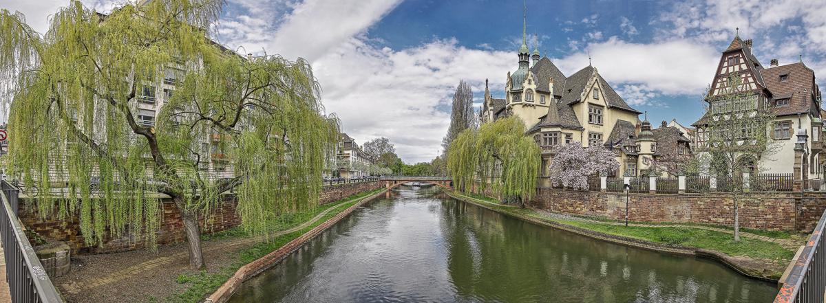 Strasbourg les quais - panoramique HDR - tirage 300mm X 860mm pleine feuille ou 180mm X 575mm avec marges - 130€ réf: straspan-015