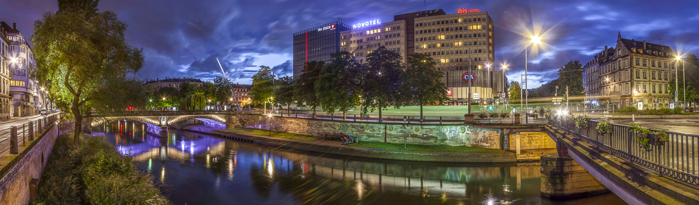 Strasbourg Centre Halles - panoramique HDR - tirage 310mm X 860mm pleine feuille ou 200mm X 575mm avec marges - 130€ réf: straspan-008