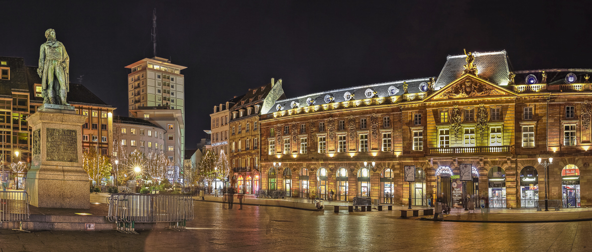 Strasbourg Place Kleber - panoramique HDR - tirage 310mm X 750mm pleine feuille ou 200mm X 480mm avec marges - 130€ réf: straspan-011