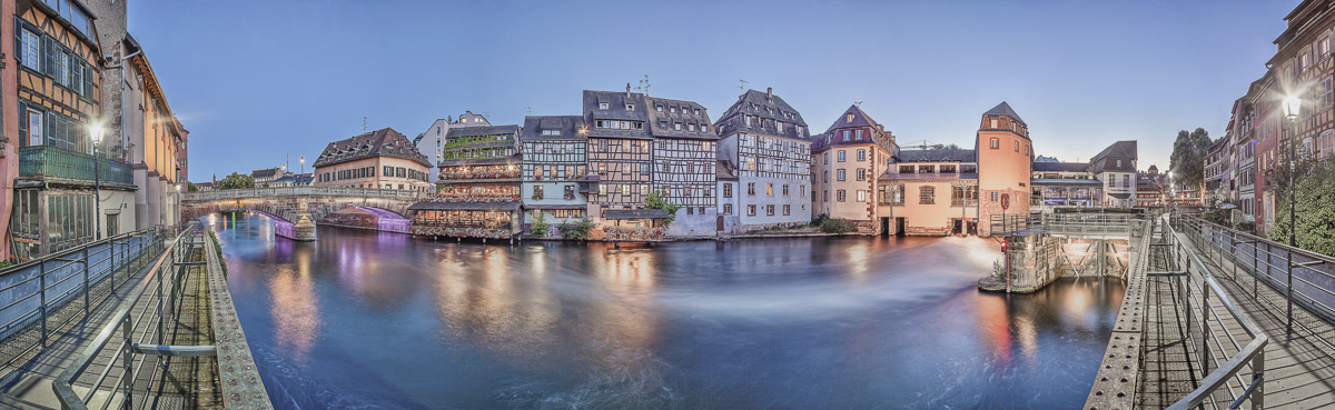 Strasbourg Petite France - panoramique HDR - tirage 310mm X 860mm pleine feuille ou 200mm X 575mm avec marges - 150€ réf: straspan-004
