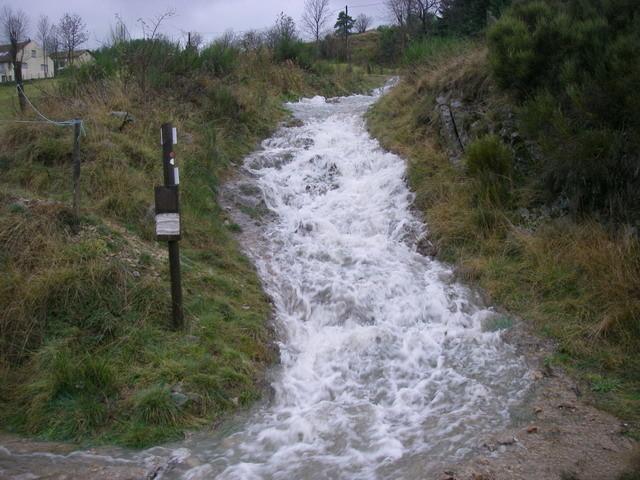 C'est normalement le chemin de randonnée de Stevenson ...