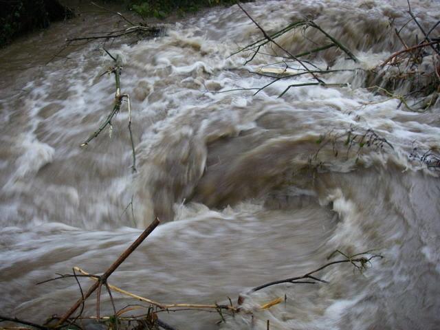 Remous, ruisseau de Serres
