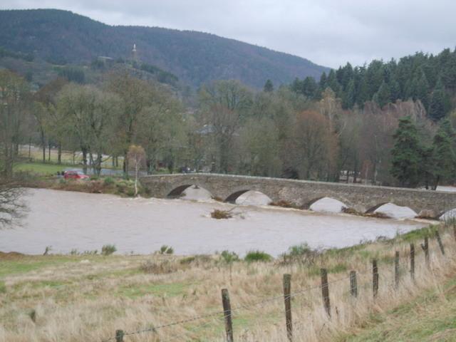 Le pont de Labrot ..