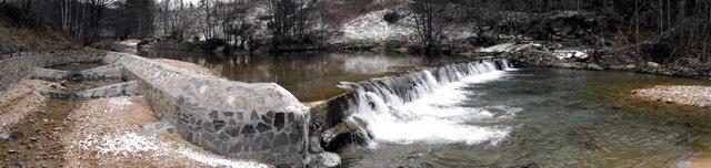 L'Allier à Luc, cascade et échelle à poissons ...