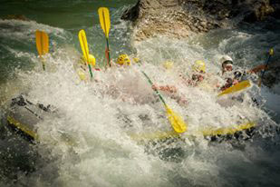 Rafting in Verdon Canyon near Moustiers Sainte Marie and Castellane.